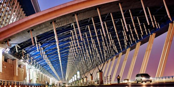 A2级防火金属不锈钢复合板高铁站应用案例-河北蓝天U+装饰板品牌